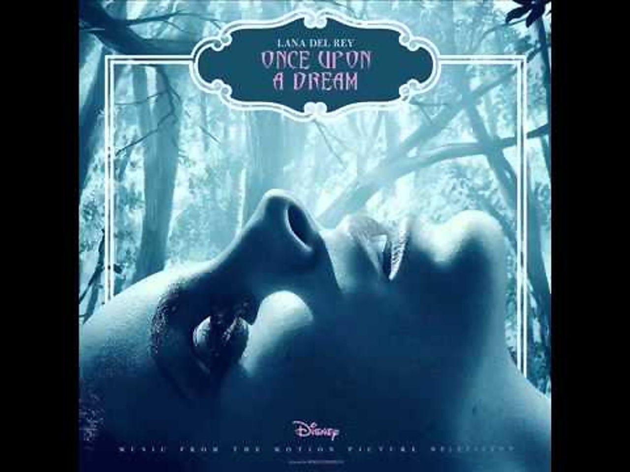 """Lana Del Rey ...chante """"Once upon a dream"""" pour le film"""