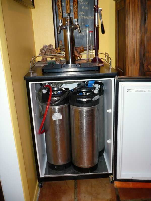 Man Cave Kegerator : Just to start out with i want ultimately turn a