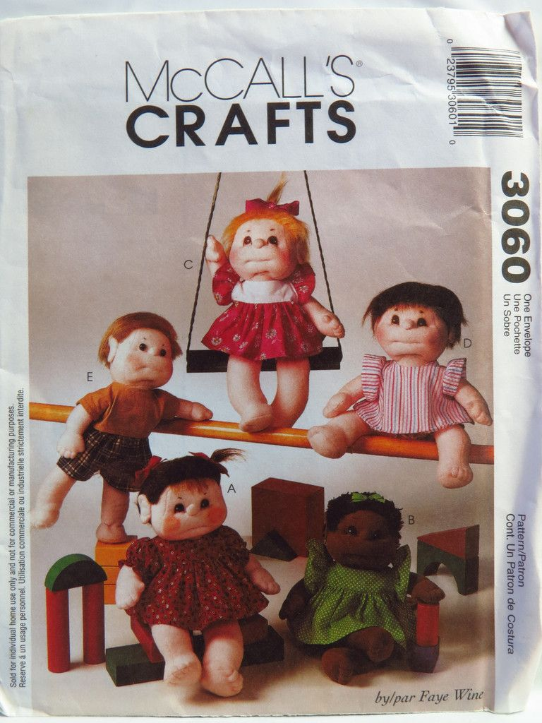 McCall/'s 2993 Doll And Doll Clothes Pattern