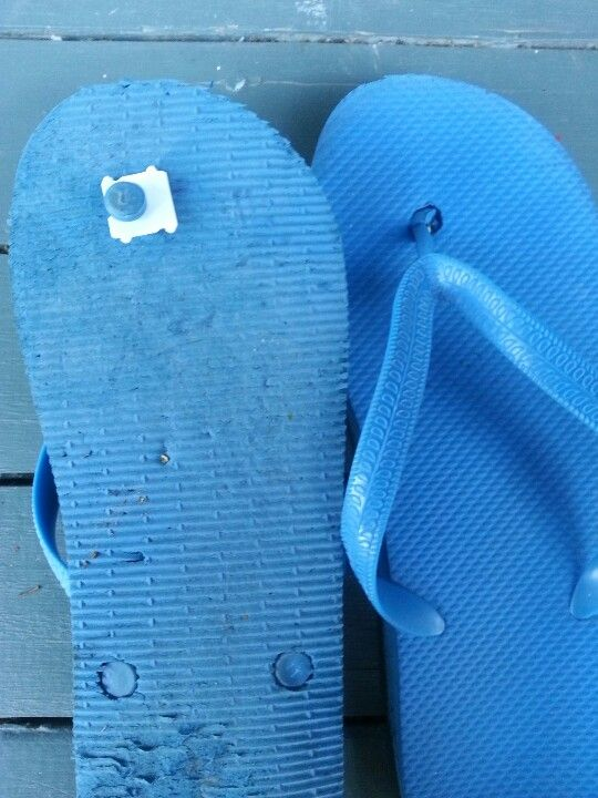 61e3c98a21a7 To fix your broken thongs (or flip flops if you re not from Australia
