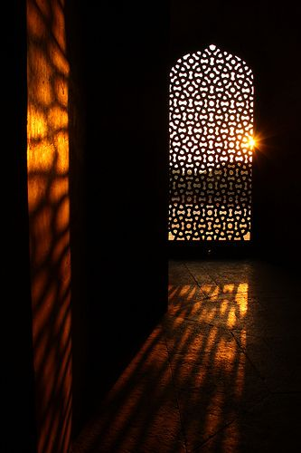 Light falling into a room in Humayuns tomb