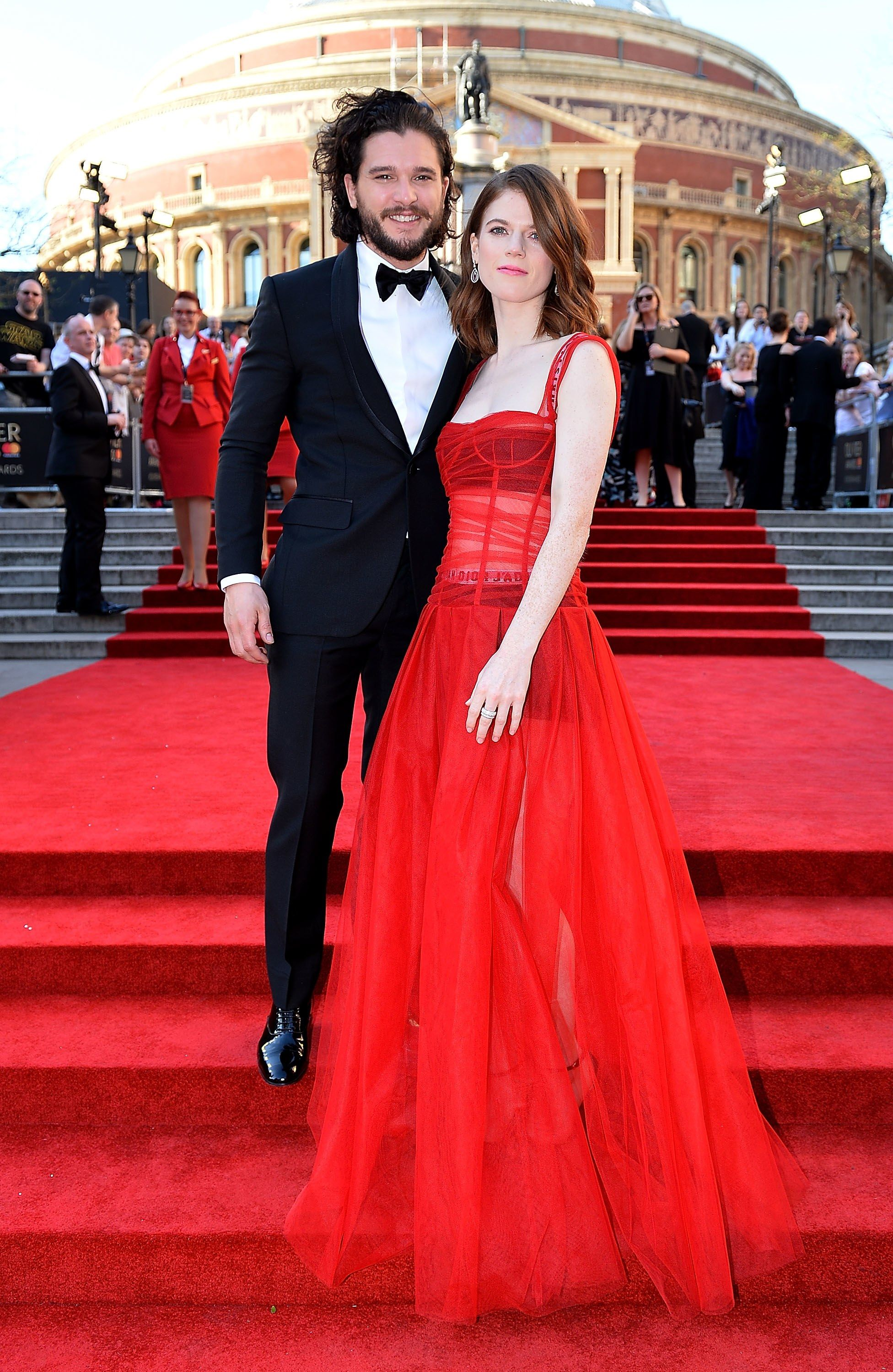 Roter Teppich Vip Red Carpet Kit Harington And Rose Leslie Made A Rare Red Carpet Appearance As