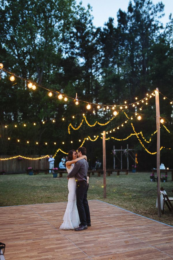 Having An Outdoor Wedding Source Glamour And Grace Image Sparkler First Dance At Casual Backyard Great Beer Bar For