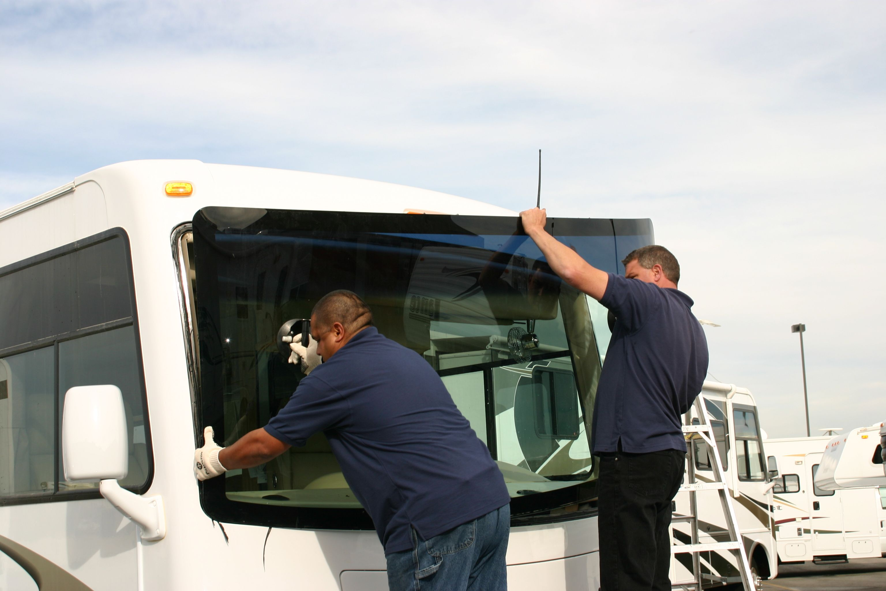 Motorhome windshield replacement in boise idaho by nomad glass call motorhome windshield replacement in boise idaho by nomad glass call boise rv glass boise motorhome windshield replacement publicscrutiny Choice Image