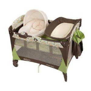 Graco Pack n Play with Newborn Napper in Noble