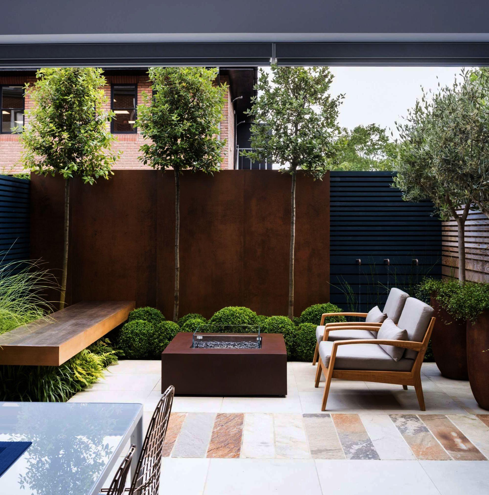 Garden Inspiration Saleprice 16 In 2020 Courtyard Gardens Design Small Courtyard Gardens Home Garden Design