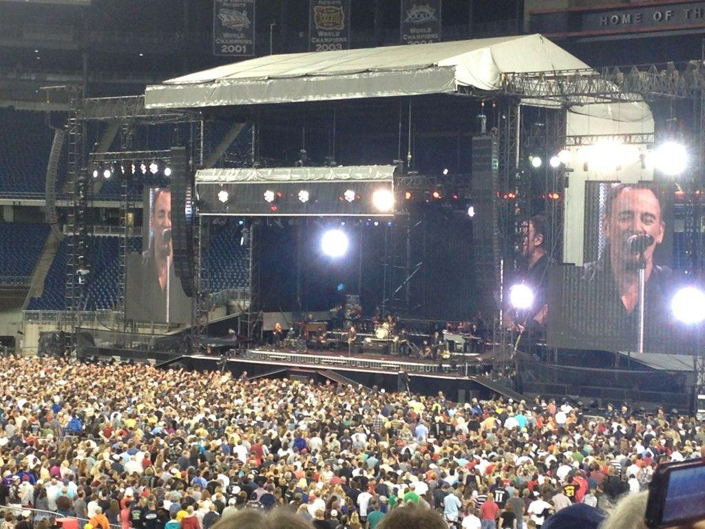 Bruce Springsteen Concert #BruceSpringsteen #SprintCenter #KansasCity #AskaTicket