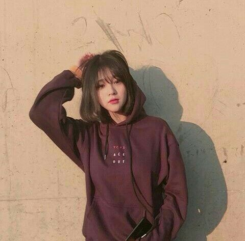 Imagem De Korean Girl And Korea Ulzzang Short Hair Korean Hairstyle Korean Short Hair