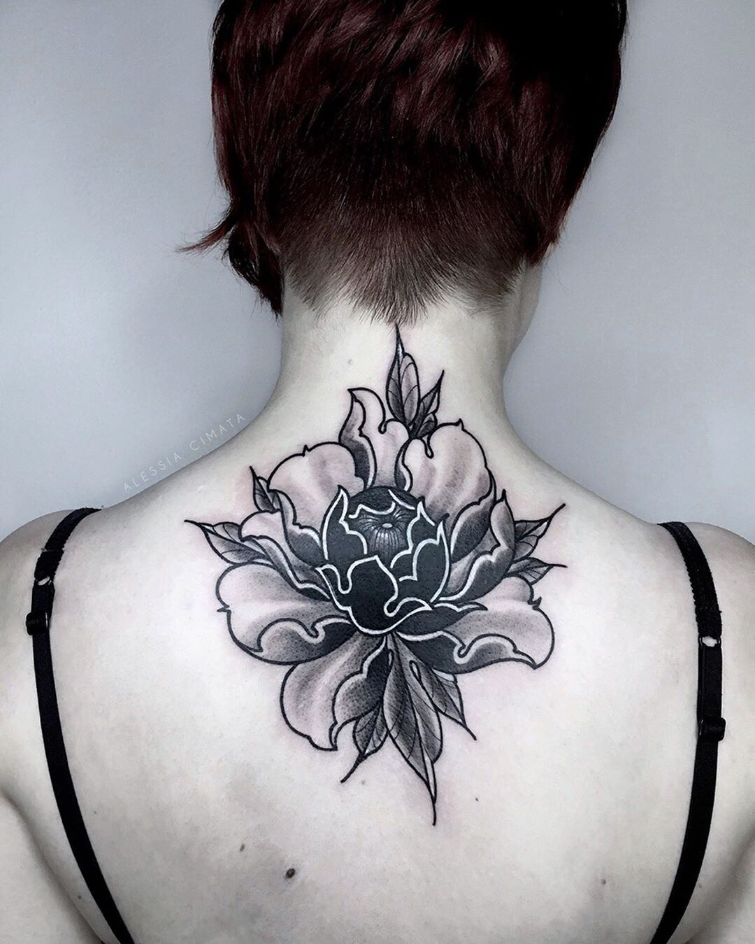 Peony 🤍 . Old work done on the lovely @moxie.sketches 🤍 Swipe to see the process. . .  #peony #peonies #peonytattoo #peonytattoos #tattoo #coveruptattoo #peonia #peoniatattoo #coveruptattoos #flowers #flowertattoo #coverup #neotraditional #apprenticetattoo #neotraditionaltattoo #apprenticetattooer #apprenticetattooist #tattooart #tattooartist #blackandwhitephoto #blackandwhitetattoo #picoftheday #pictureoftheday #photooftheday #tattoooftheday #sullivantatuagens #snaptweet #artwork_support #pas
