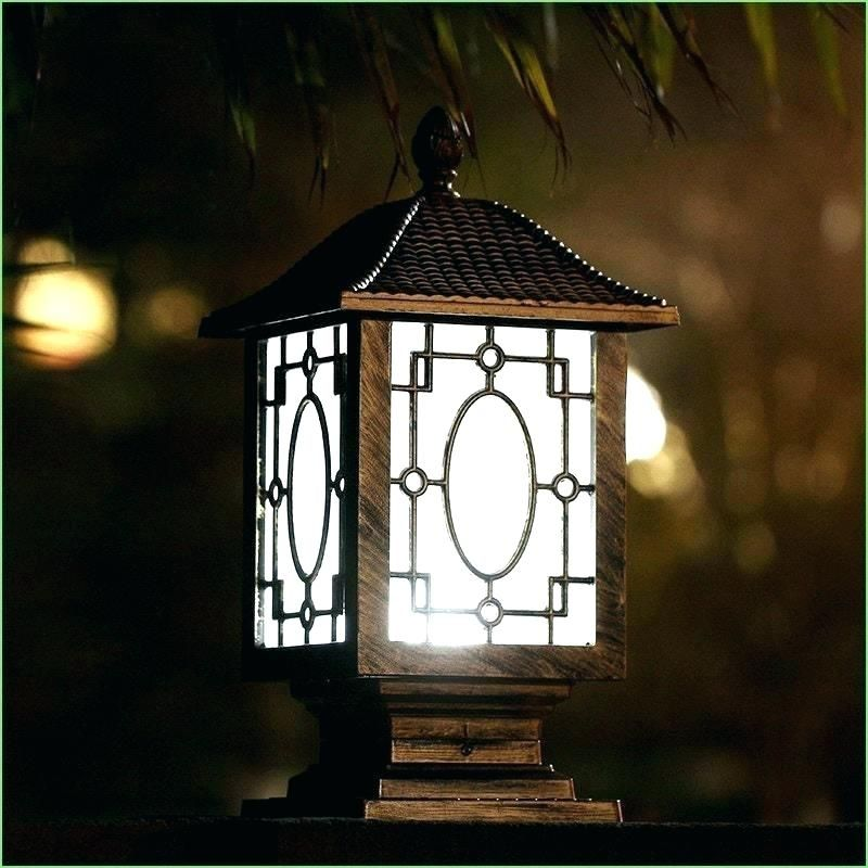 Garden Lights Offers A Wide Range Of High Quality Outdoor Garden Lights Landscape Lighting Or Garden Lig Solar Post Lights Solar Powered Lamp Garden Lamp Post