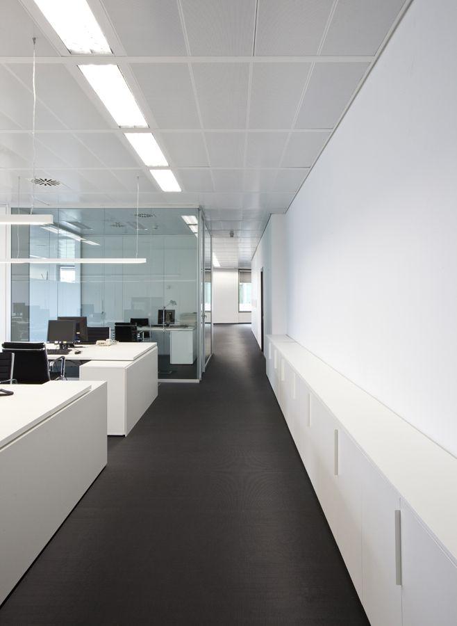 Office tour wunderman burston marsteller barcelona head office corporate interiors - Oficinas renovacion dni barcelona ...