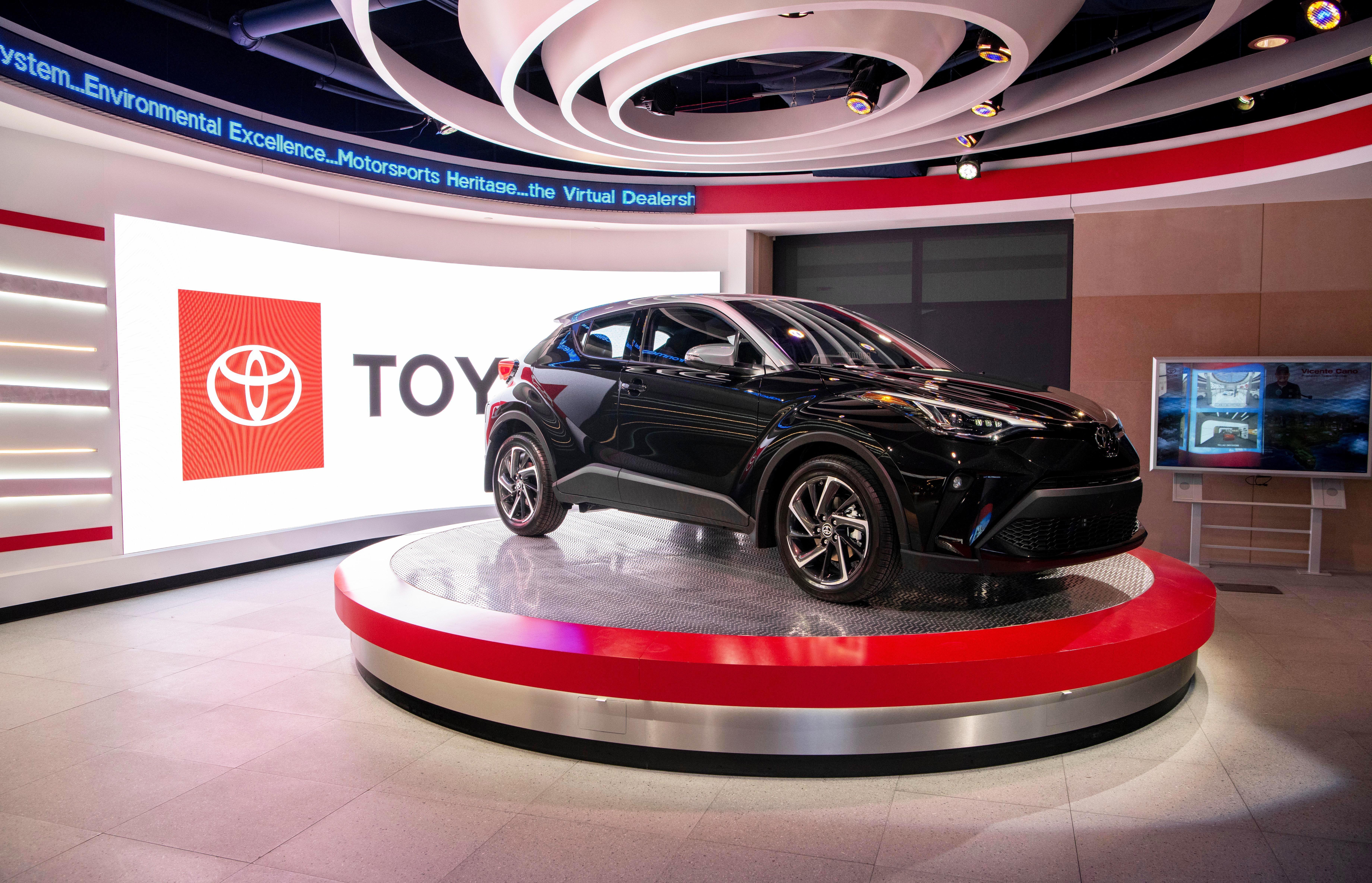 2020 Toyota C Hr Gets A Little Less Weird Looking Toyota C Hr Toyota Apple Car Play