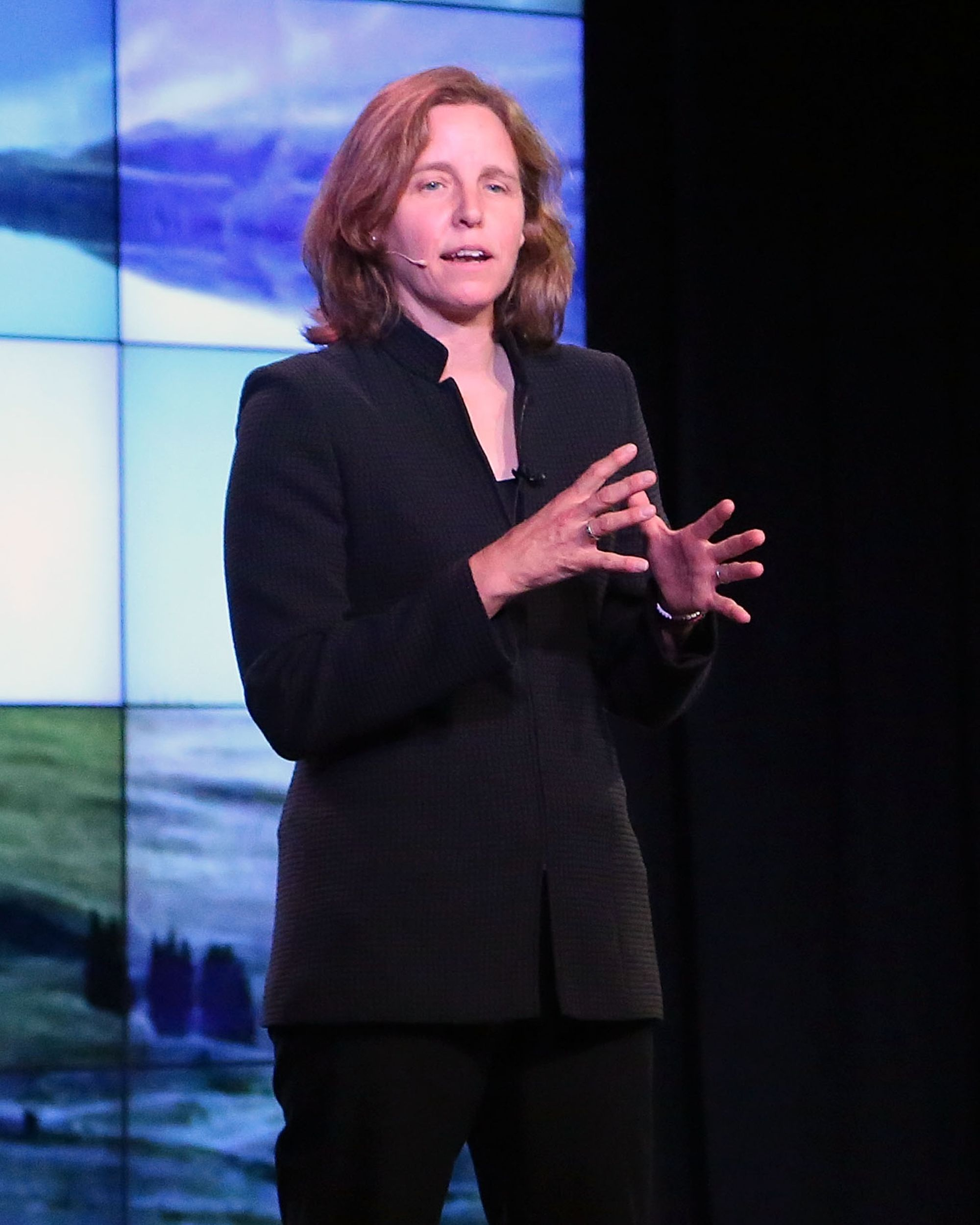Smith is only the third person—and first woman—to hold the job of United States Chief Technology Officer. As CTO of the entire country, she's tasked with expanding broadband access to the public and several other tech-related federal initiatives, such as improving healthcare.gov and cybersecurity. She also advises President Obama on all tech matters, such as when she recently pushed him to support net neutrality. - Photo: Getty Images