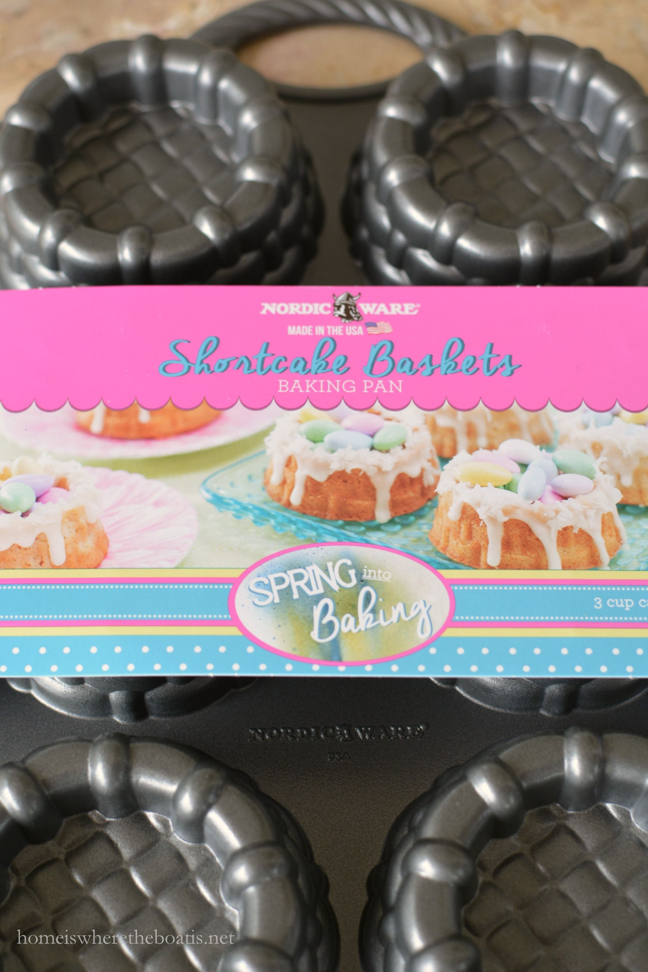 Mini easter basket cakes easter bunny cake berry