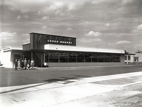Meijer S Super Market Store 4 At 1645 Eastern Ave Se