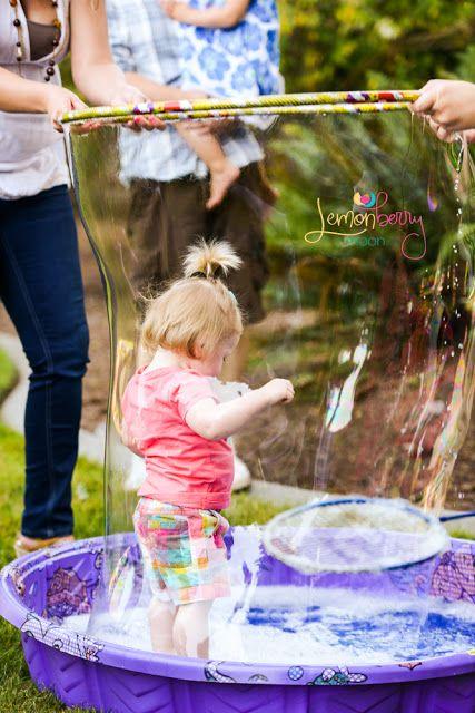 Bubble Party Ideas #bubbleparty #bubblebirthday #bubbles #bubblepartyfavors Un'idea per i bimbi!!