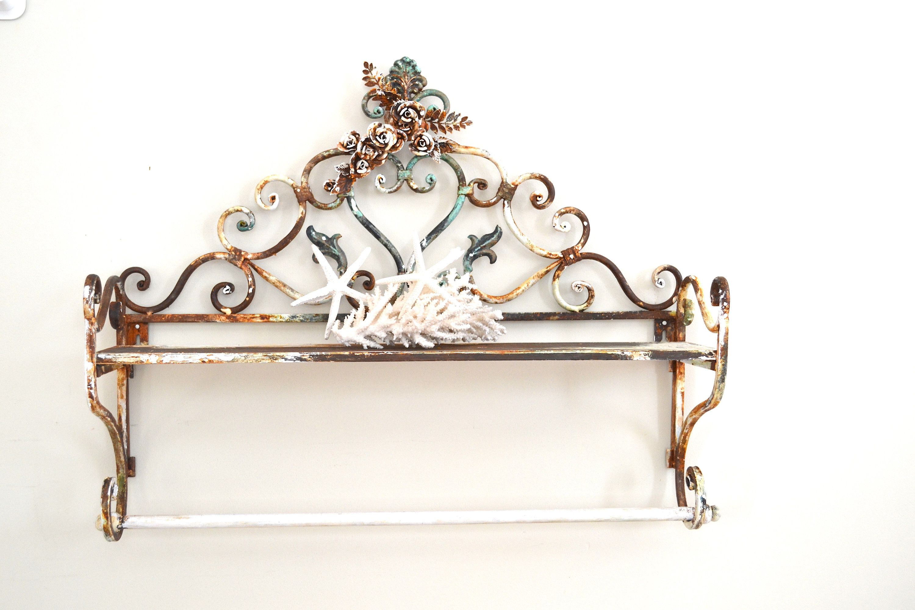 Heavy Duty Weight Wrought Iron Wall Quilt Rack Blanket Rack Etsy In 2020 Iron Wall Metal Roses Wall Quilts