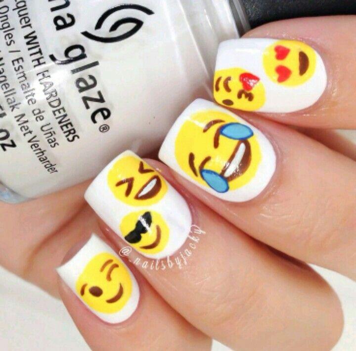 Diseño de uñas de Emoji   emojis nail   Pinterest   Diseños de uñas