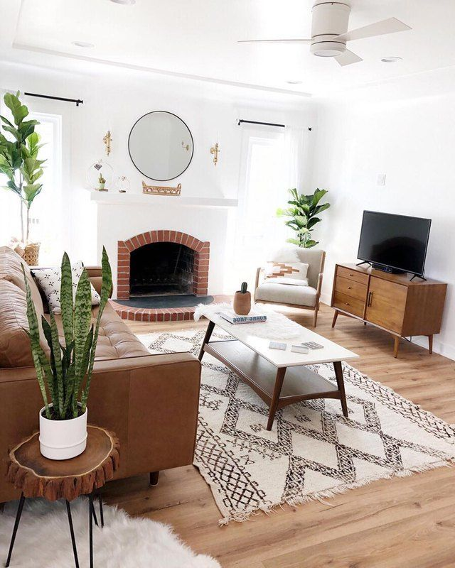 Photo of This Living Room is Boho Minimalism at Its Finest | Hunker