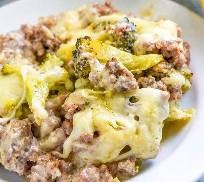 Fitness casserole with broccoli and minced meat - #broccoli #casserole #fitness #minced - #CleanEati...