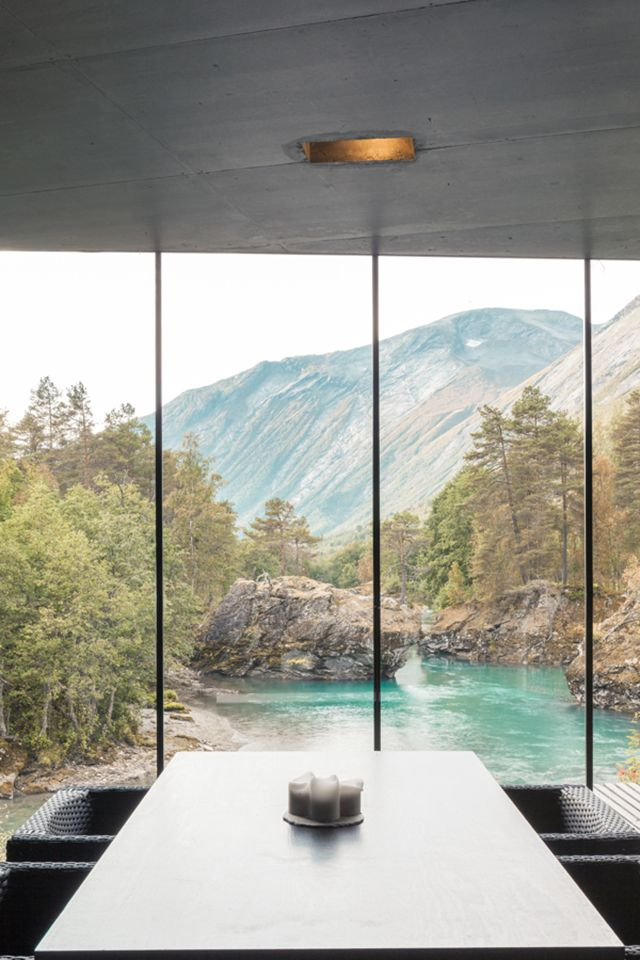 juvet landscape hotel travel pinterest architektur ausblick und norwegen. Black Bedroom Furniture Sets. Home Design Ideas