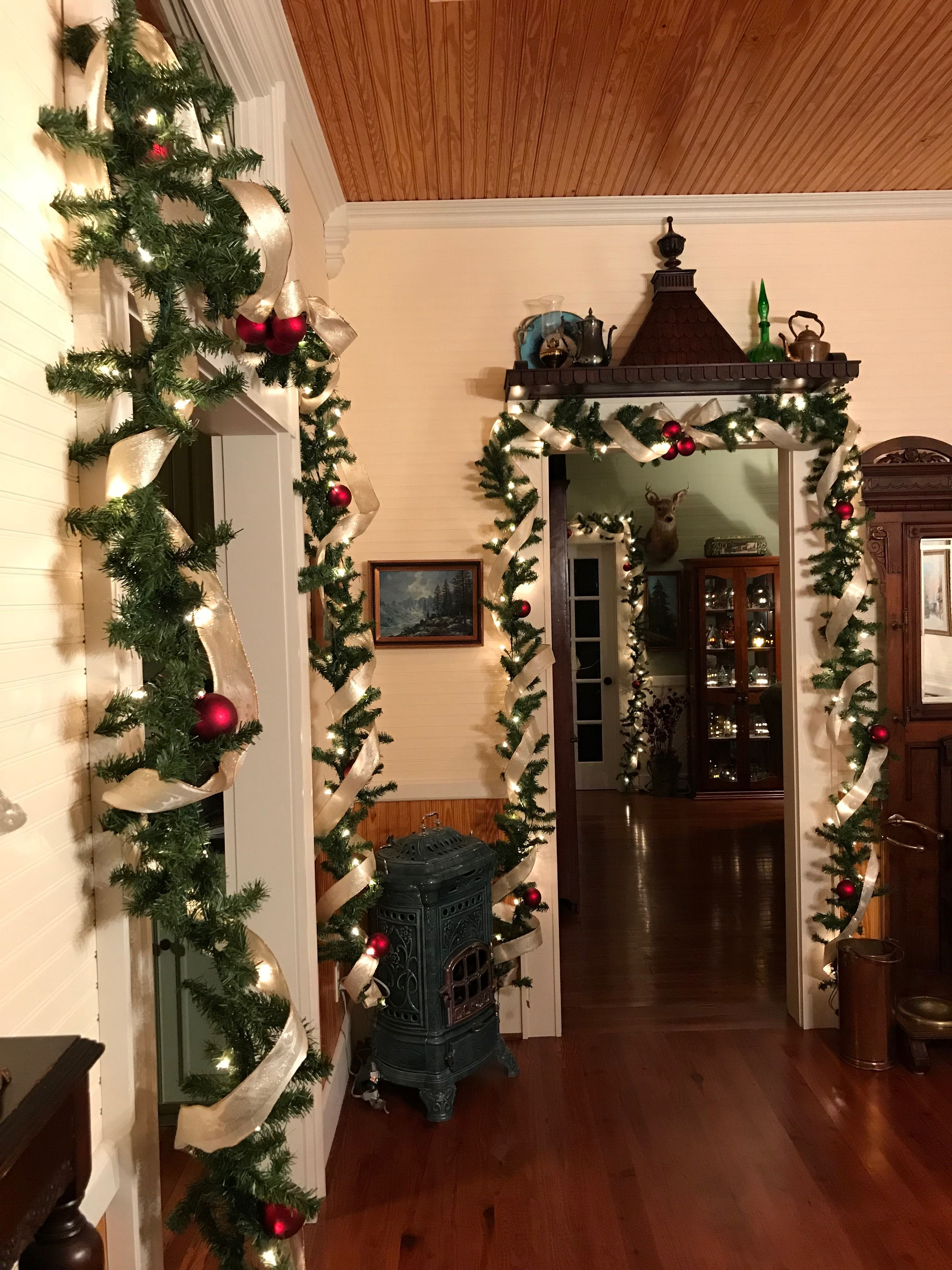 Pin by Debbie Gonano on It\'s Beginning to Look A Lot Like Christmas ...