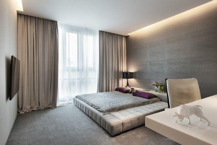 grau und brauntne im modernen schlafzimmer indirekte beleuchtung