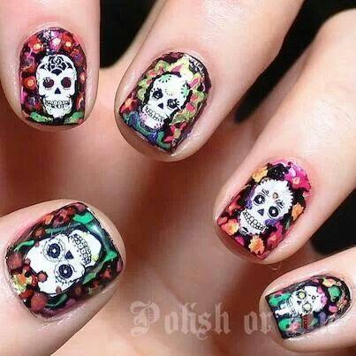 Dia de los Muertos Nails