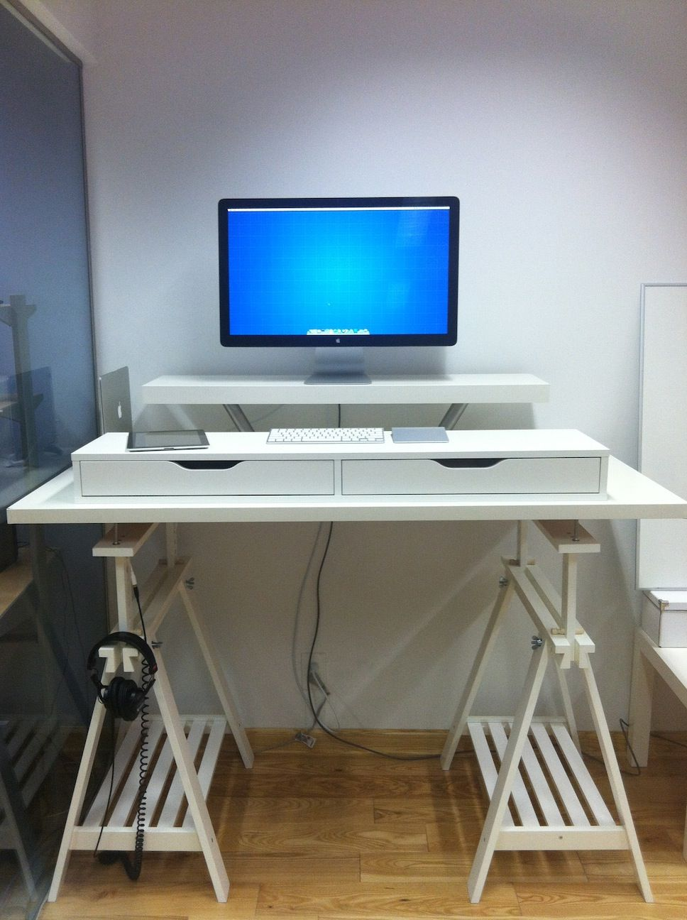 10 Ikea Standing Desk Hacks With Ergonomic Appeal Standing Desk