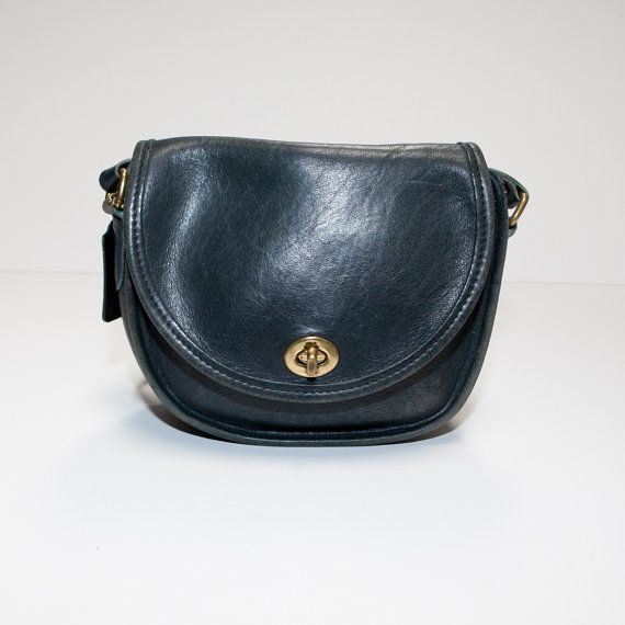 Gorgeous Vintage Coach Watson Navy Blue Leather Crossbody Bag Purse ... 7becaf260d05a
