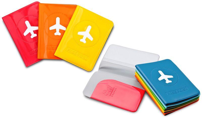 Capa de Passaporte  Código: BWT001 Tamanho: 10,2 x 13,7 cm  Material Capa: Capa: Emborrachado PVC enamel esmaltado com bolso interno.  interno.  Peso aprox.: 45g.  Embalagem: Caixa flexível de PVC semi-transparente