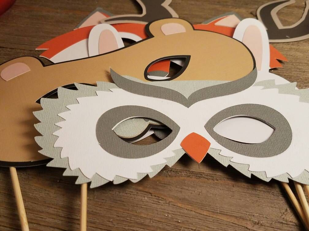 Woodland photo booth props, woodland baby shower photo booth props, animalphoto props,  birthday props, birthday party ideas, animal mask by lifeisforthefun on Etsy https://www.etsy.com/listing/490659525/woodland-photo-booth-props-woodland-baby