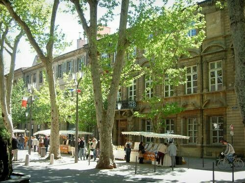France,Bouches du Rhone,Aix en Provence,Cours Mirabeau