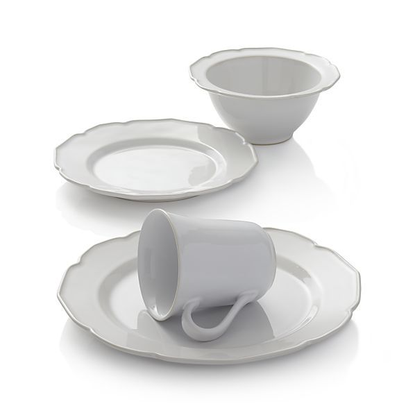Our gracious Savannah dinnerware alludes to the tradition of Southern civility with its genteel scalloped rims  sc 1 st  Pinterest & Savannah 4-Piece Place Setting | Dinnerware Hospitality and Stoneware