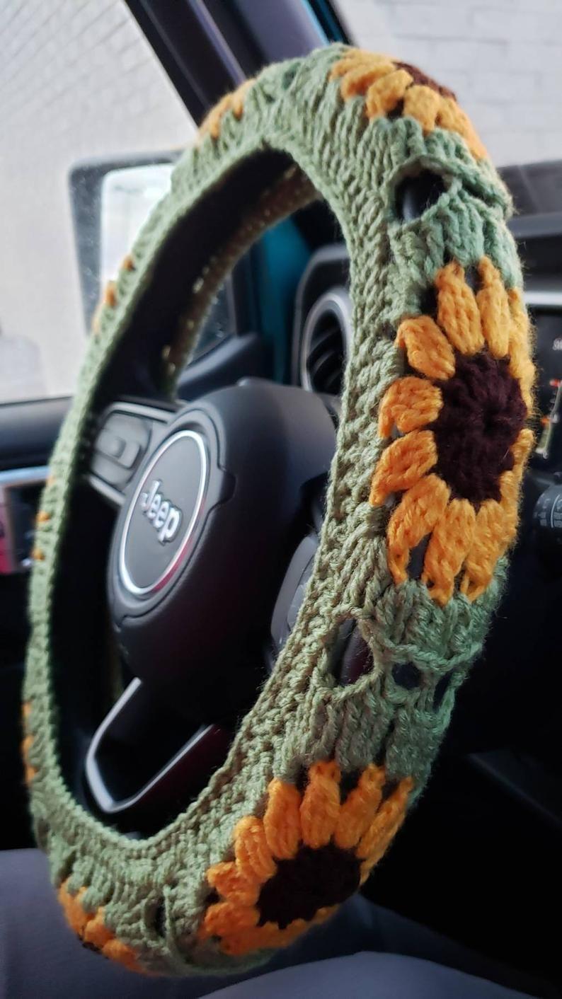 Sunflower Crochet Steering Wheel Cover in 2020   Steering ...