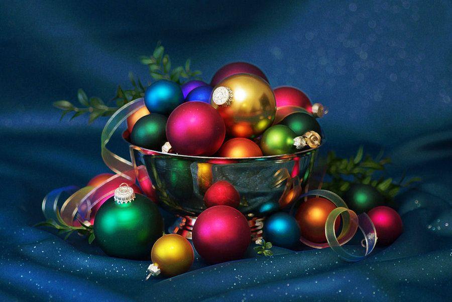 Christmas Colors Bright by barcon53.deviantart.com on @DeviantArt