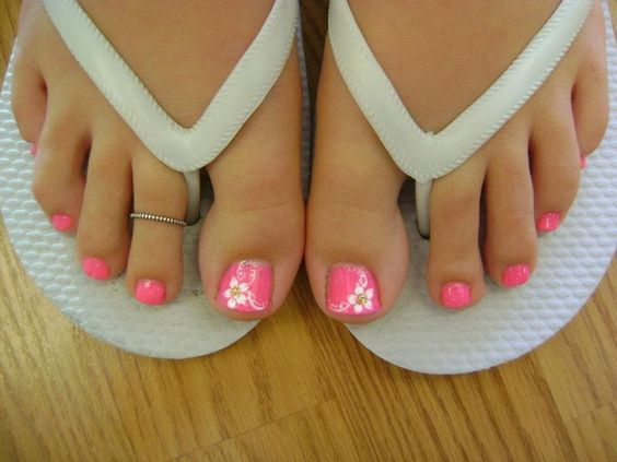 S media cache ak0pinimg 736x c0 81 5f pink toenails with flower nail art prinsesfo Gallery