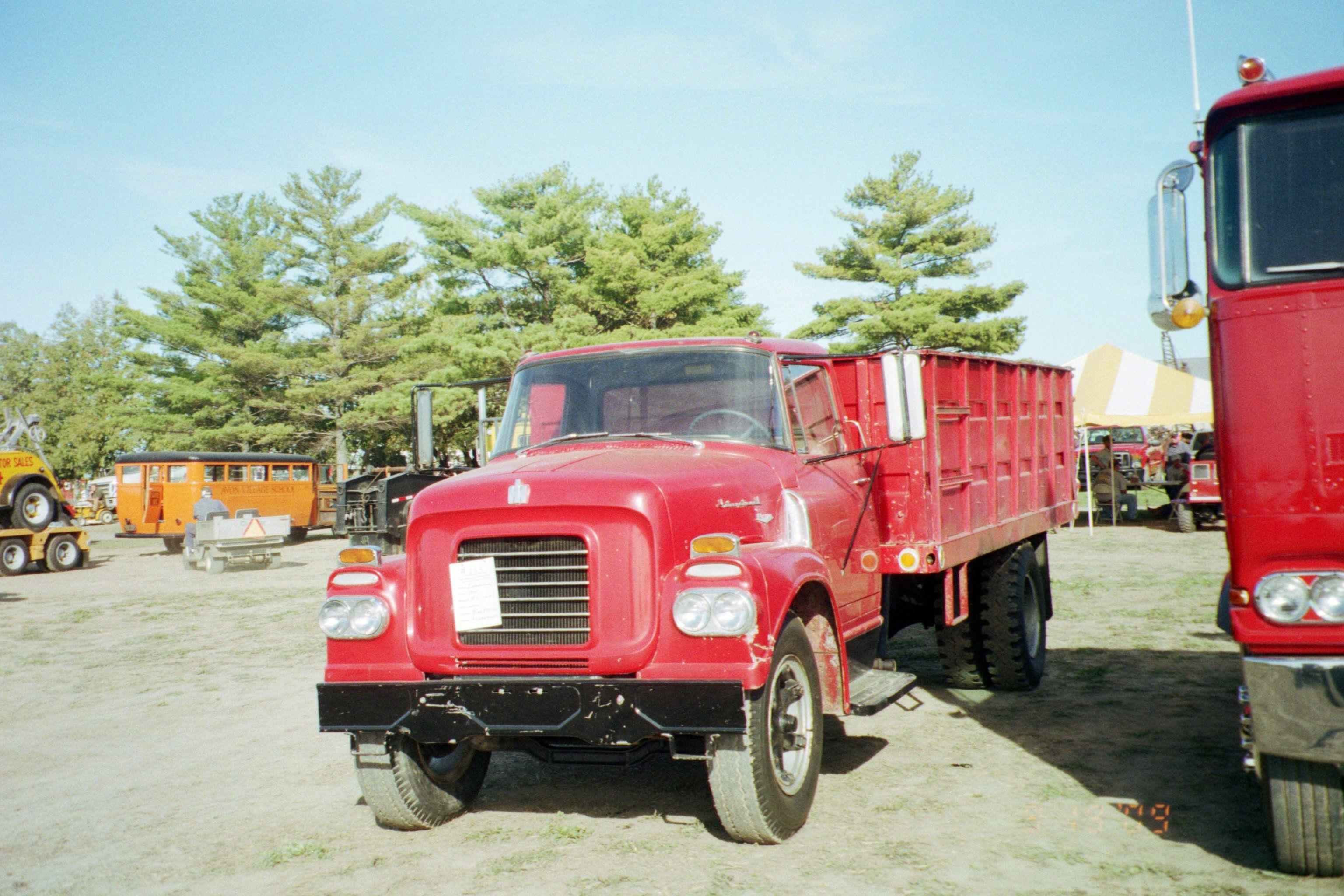 Antique International Harvester Wagon : Red ih grain truck trucks pinterest international