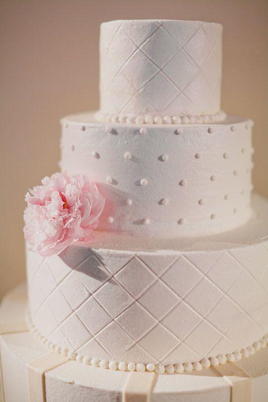 Creme De La Cake Company Wedding White Simple Brides Kelly John