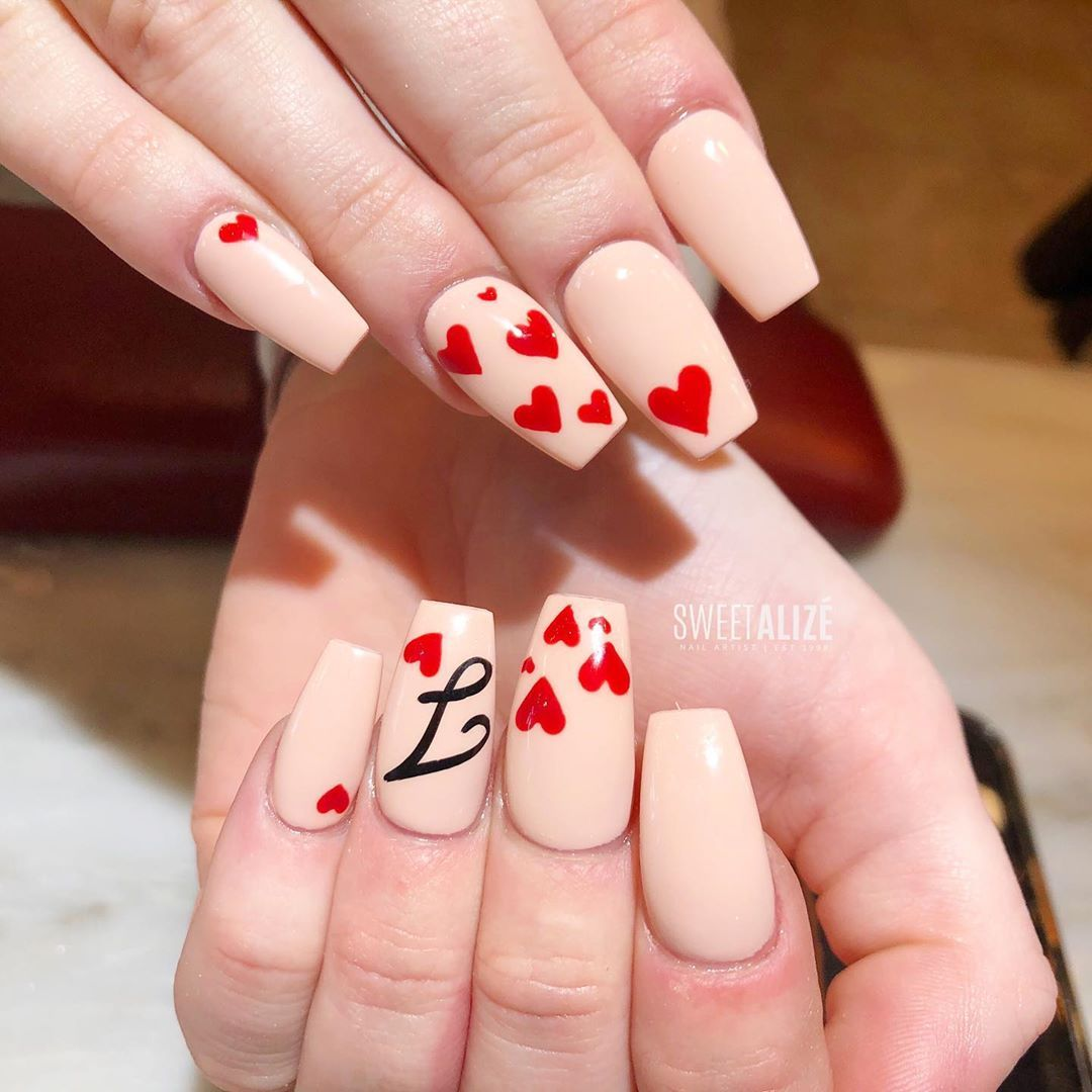 Acrylic Gel Polish Hearts And The Cursive Letter J For Tara Color Is Dndgel S Powder Rose 87 In 2020 Nail Extensions Gel Polish Gel