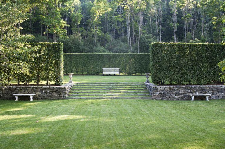 Deborah-nevins-associates-landscape-garden-grounds