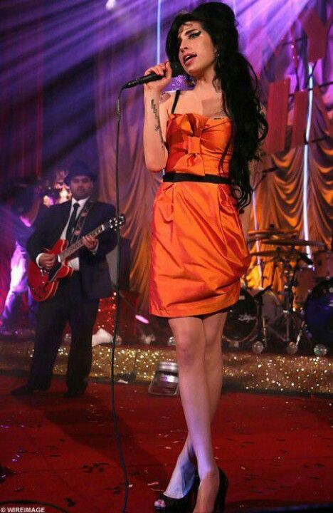 amy winehouse live at porchester hall