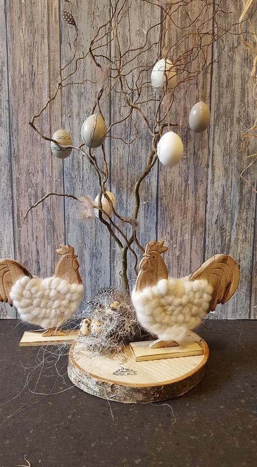 Die preiswerte Blume, die Muscheln arrangiert, basteln