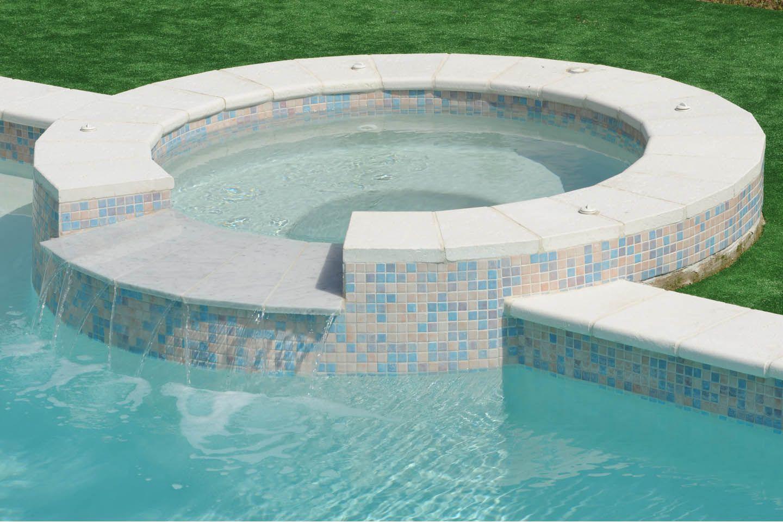 Piscines Es & Spas piscine spa en béton armé diffazur   hot tub, spa, outdoor decor