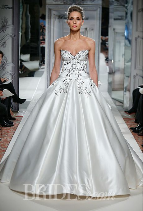 Pnina tornai for kleinfeld 2014 kleinfeld wedding for Kleinfeld wedding dresses with sleeves