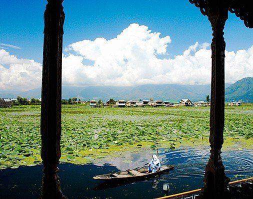 Britain Lifts Advisory Against Travel To Kashmir Should You Go Asia Travel India Travel Travel Advisory