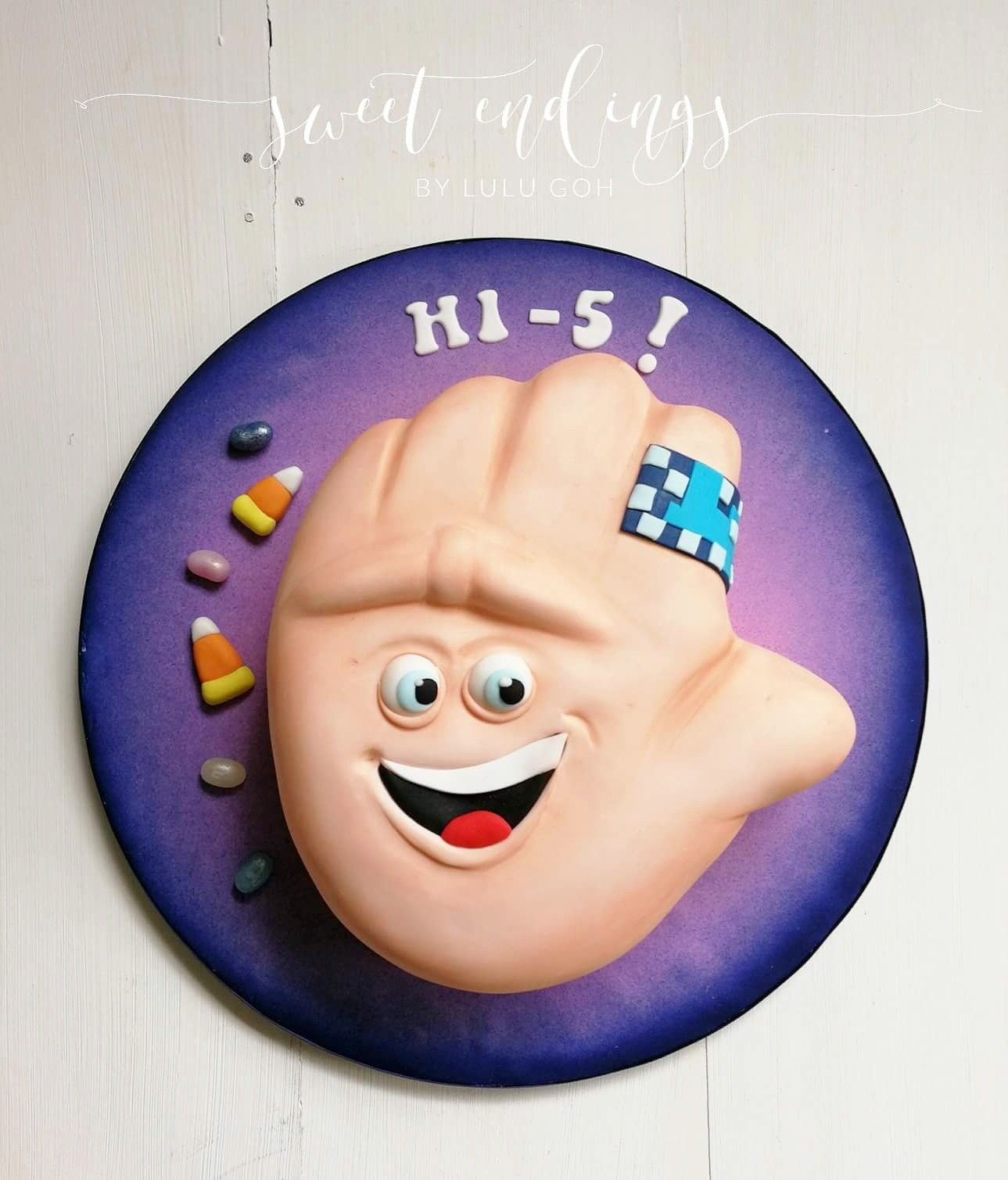 Carved Hi Five Character Cake From The Emoji Movie Aries Birthday 7th