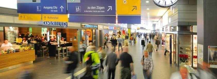 Die Gänge und Bahnsteige im Essener Hauptbahnhof sollen noch in diesem Jahr von neuen Überwachungskameras gefilmt werden.