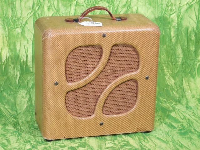 Magnatone Varsity 1 12 Extension Speaker Cabinet Tweed Top 40 Guitars Reverb Speaker Speaker Cabinet Guitar Amp