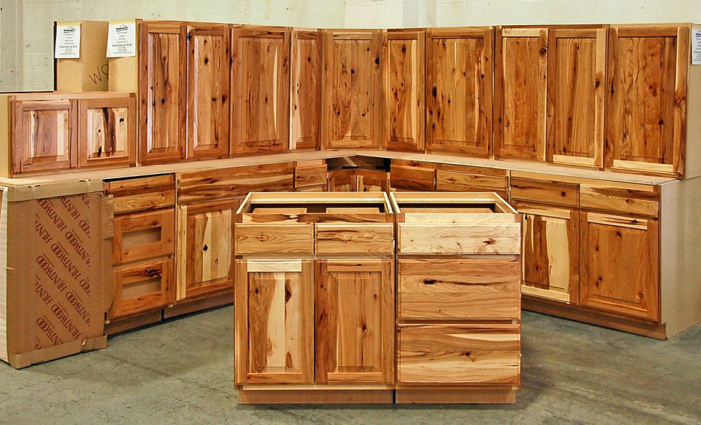 Assembled hickory kitchen cabinets do it yourself rustic for Barn style kitchen cabinets